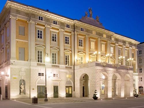 Il teatro Giuseppe Verdi e il teatro Rossetti Trieste